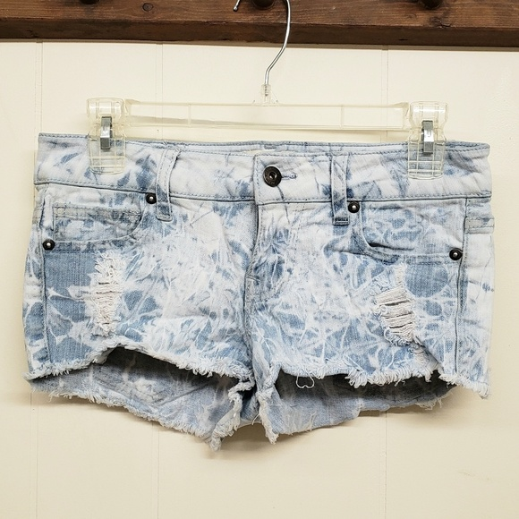 Ocean Drive Pants - Like New! Extra Short Bleached Shorts